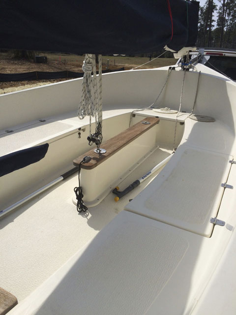 Com-Pac Picnic Cat, 2009 sailboat