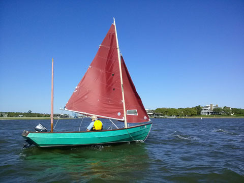 Drascombe Lugger, 1984 sailboat