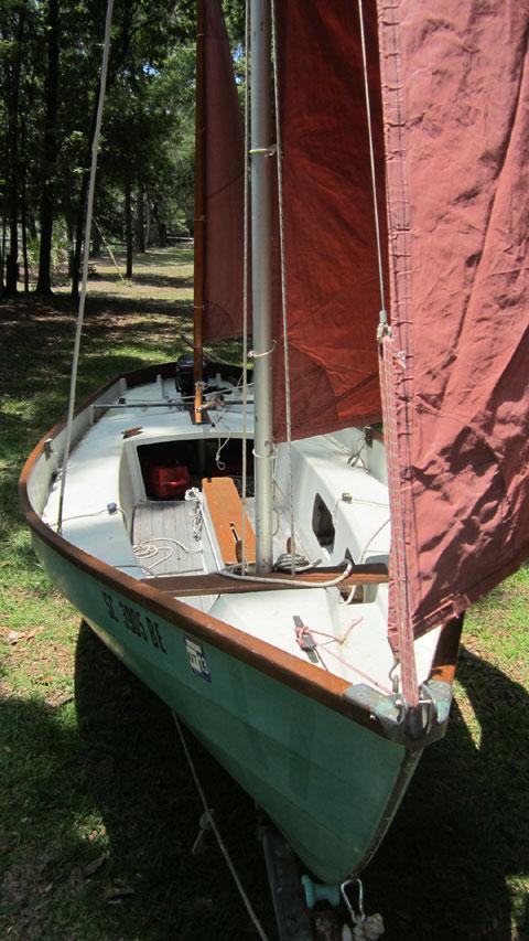 Drascombe Lugger, 1984 sailboat