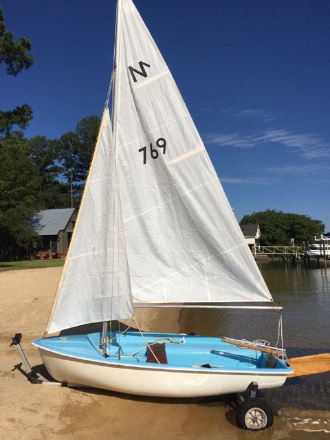 Classic European Sailboat/Dinghy, 1950s sailboat