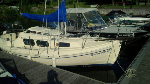 Halman 20, 1984 sailboat
