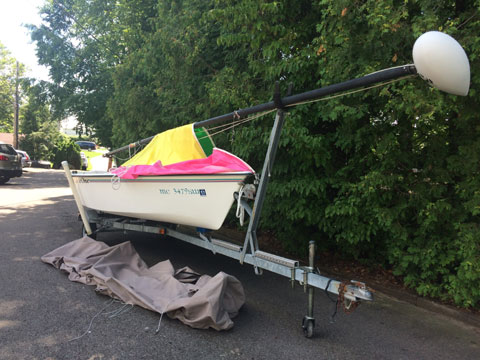 Hobie Cat 14' Holder (Monohull) Daysailer with Trailer sailboat