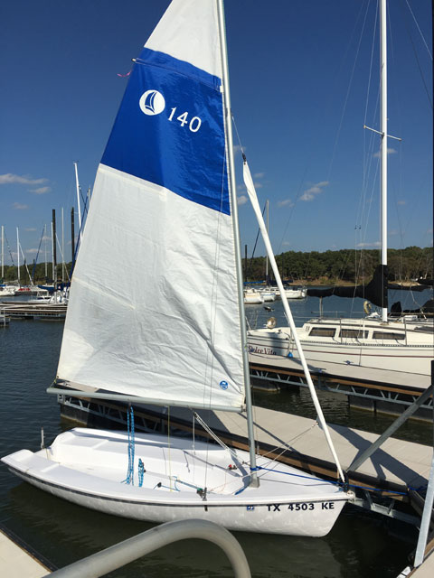 Hunter 140, 2005 sailboat
