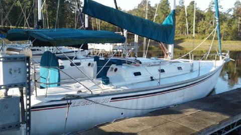 Hunter Legend 35, 1989 sailboat