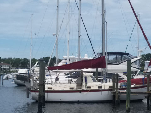 Irwin 37ft, 1973 sailboat