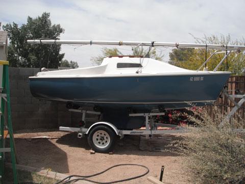 Laguna 16' sailboat