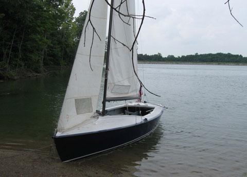 Lightning, 19ft., 1974 sailboat