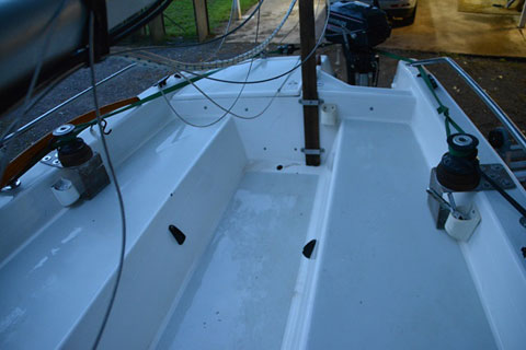 Macgregor 26D, 1987 sailboat