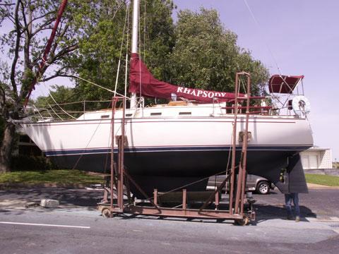 Morgan 323, 1984 sailboat