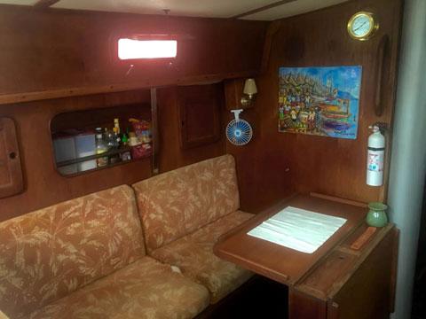 Morgan 383, 1982 sailboat
