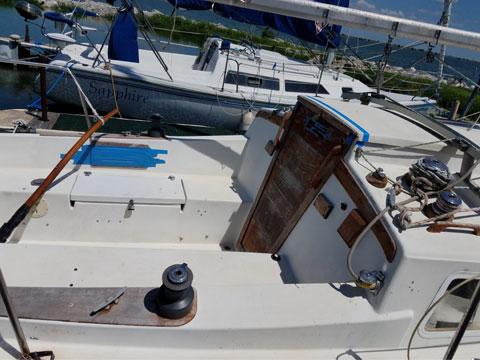 Newport MKII, 1987 sailboat