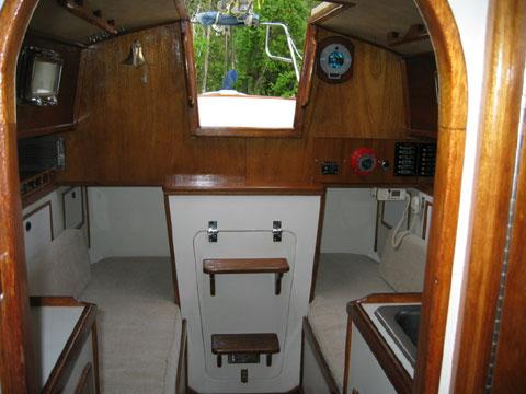 Voyager 26, 1979 sailboat