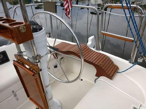 Pearson 27-2, 1987 sailboat