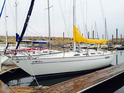 Ranger 37, 1976 sailboat