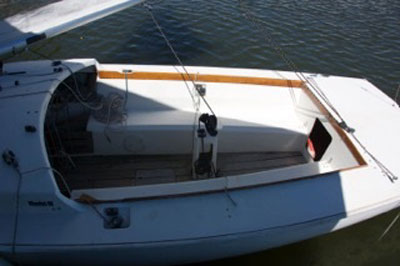 Rhodes 19, 1986 sailboat