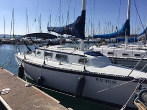S2 27, 1985 sailboat