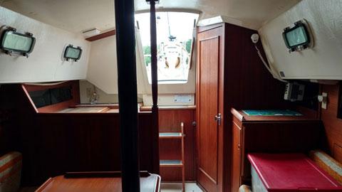 Sirius 28, 1984 sailboat