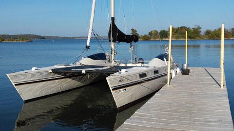 Stiletto 27 SE catamaran, 1982 sailboat