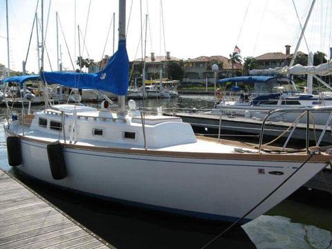 Tartan 34, 1975 sailboat