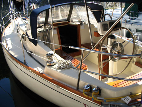 Tartan 37, 1979 sailboat