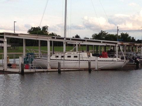 Victoria 26, 1 982 sailboat