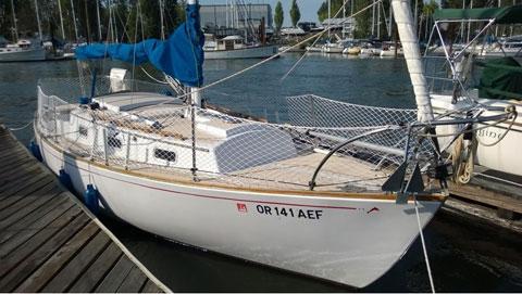 Yankee Dolphin 24, 1971 sailboat