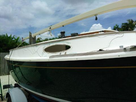 Alerion Express 19 Catboat, 2001 sailboat