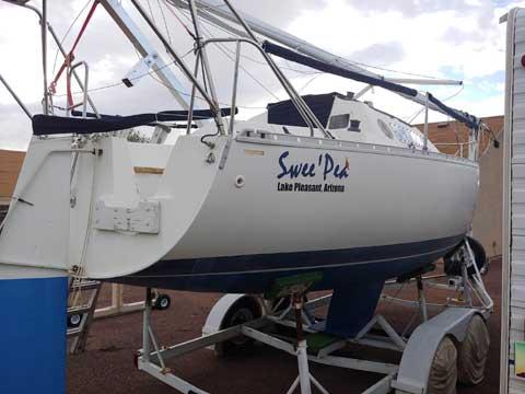 Beneteau First 235, 1987 sailboat