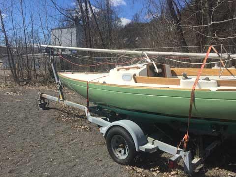 McVay Bluenose Sloop, 24', 1986, sailboat