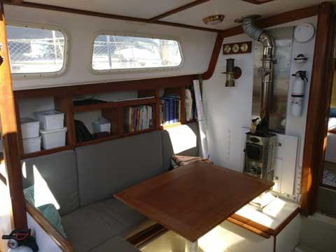 Cal 2-34, 1975 sailboat