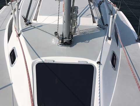 Catalina Capri 26, 1990 sailboat