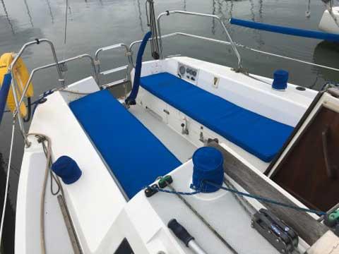 Catalina Capri 26, 1993 sailboat