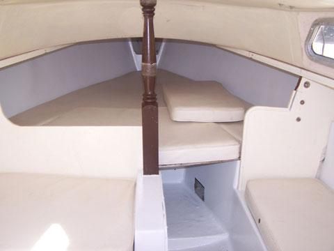 Catalina 22, 1971 sailboat