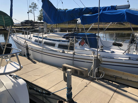 Catalina 30, 1986 sailboat