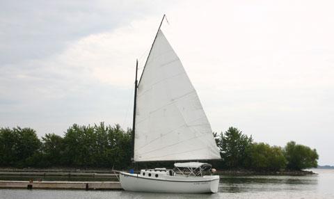 Compac 16, 1986 sailboat
