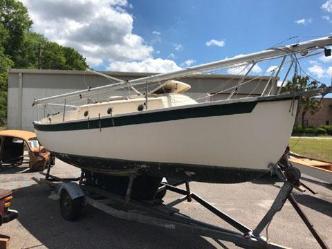 Compac 23, 1987 sailboat