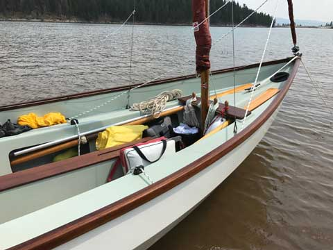Drascombe Lugger, 1988 sailboat