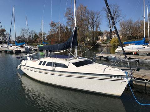 Hunter 240, 1998 sailboat