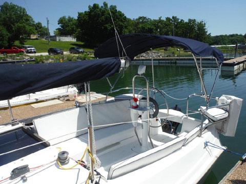 Hunter 25, 2009 sailboat