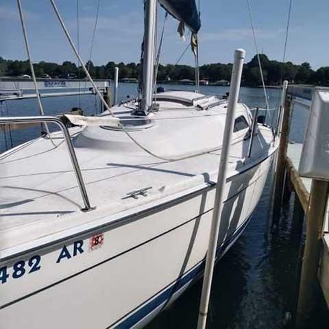 Hunter 27, 2008 sailboat