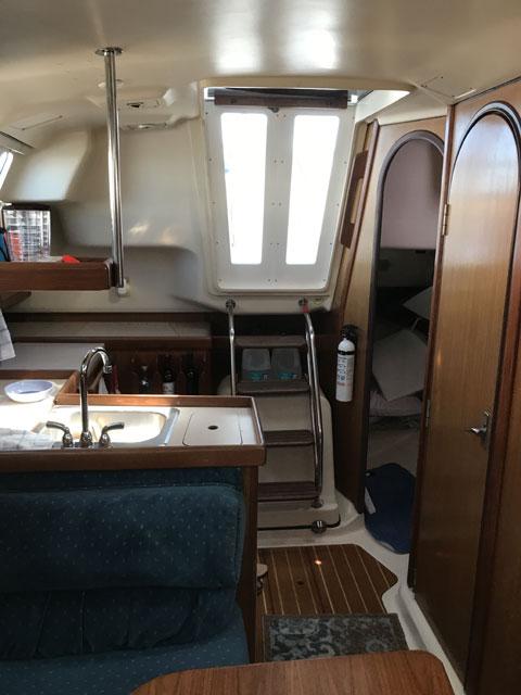 Hunter 310, 1998 sailboat
