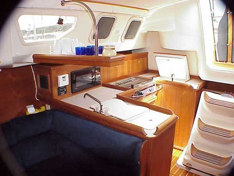 Hunter 320, 2000 sailboat