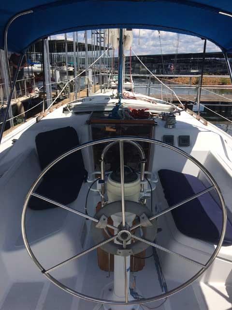 Hunter 33.5, 1988 sailboat