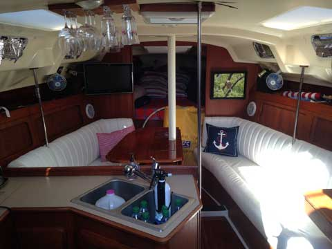 Hunter Legend 35.5, 1989 sailboat