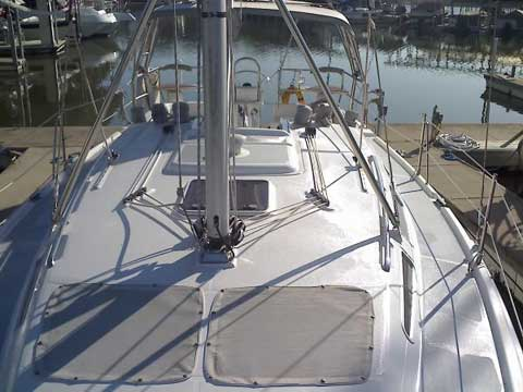 Hunter 356, 2002 sailboat