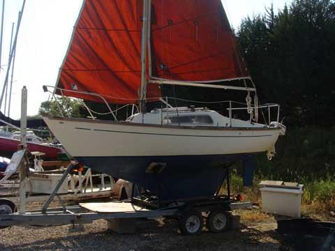 Hurley Marine 18, 1970 sailboat