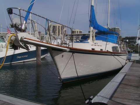 Irwin 42 Center Cockpit, 1975 sailboat