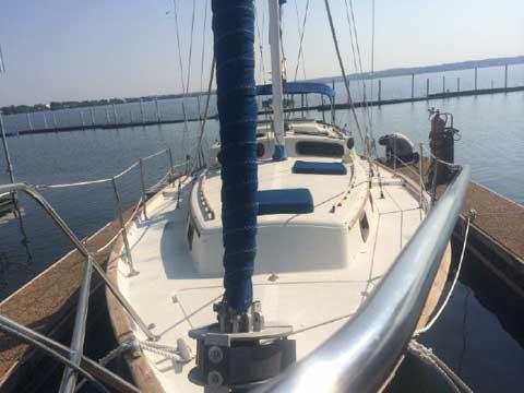 Islander Freeport 36, 1980 sailboat