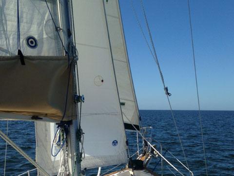 Island packet 31', 1985 sailboat