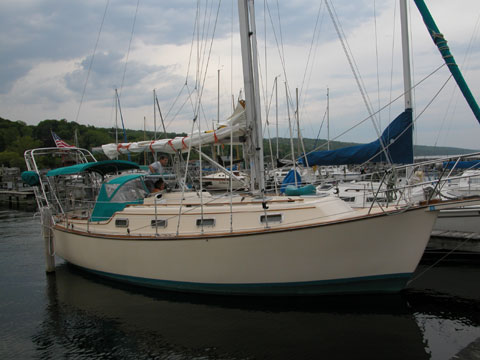 Island Packet, 31', 1988 sailboat